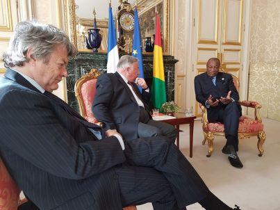 Christian Cambon - Gerard Larcher et le Président de la République de Guinée - Alpha Conde