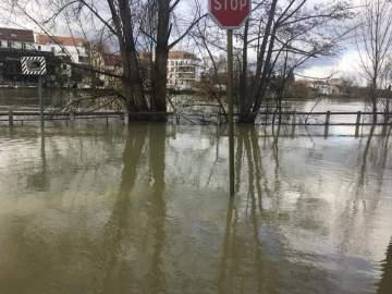 Christian Cambon - inondations Val-de-Marne 2
