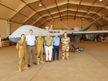 Christian Cambon - armée - Niger base Niamey