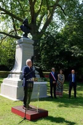Christian Cambon - Igor Semo - Inauguration buste Delacroix