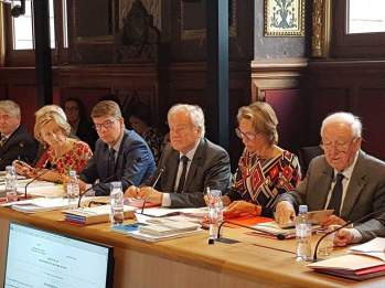 Commission affaires etrangeres - defense - senat