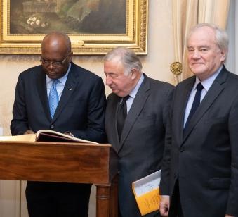 Christian Cambon - Gerard Larcher - President du Burkina Faso